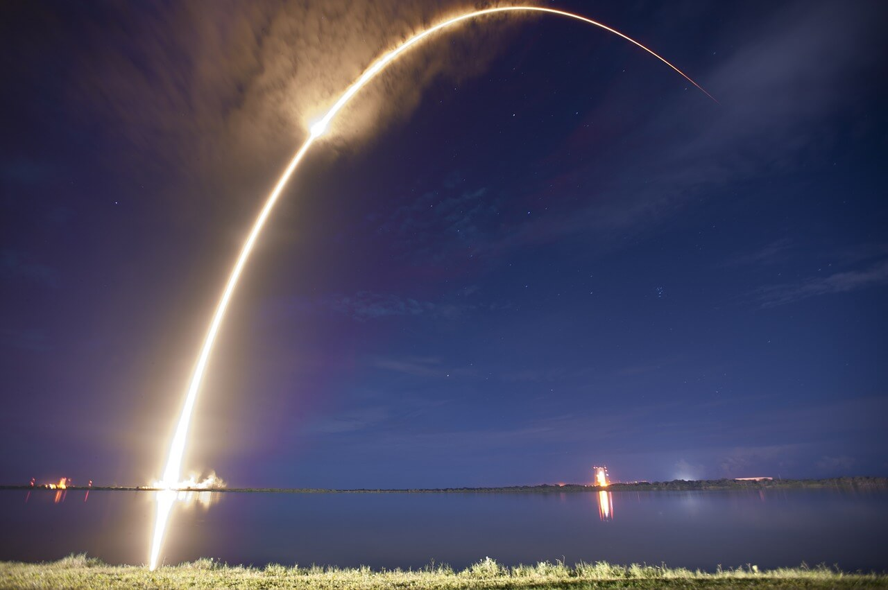 rocket-launch-693239_1280