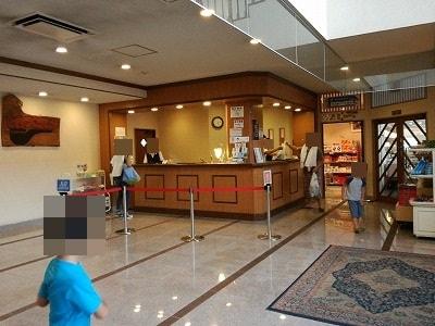 白樺湖ホテル パイプのけむりのフロント