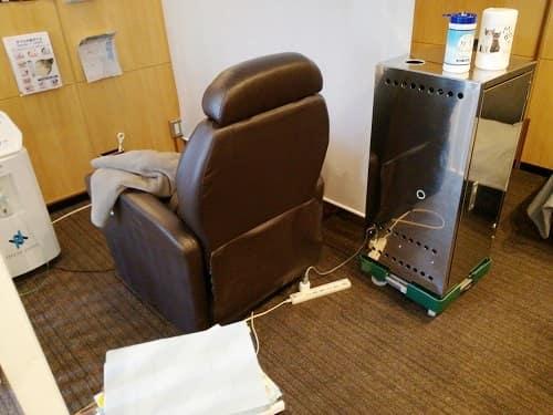 水素吸引サロンのリクライニンングチェアー(椅子)