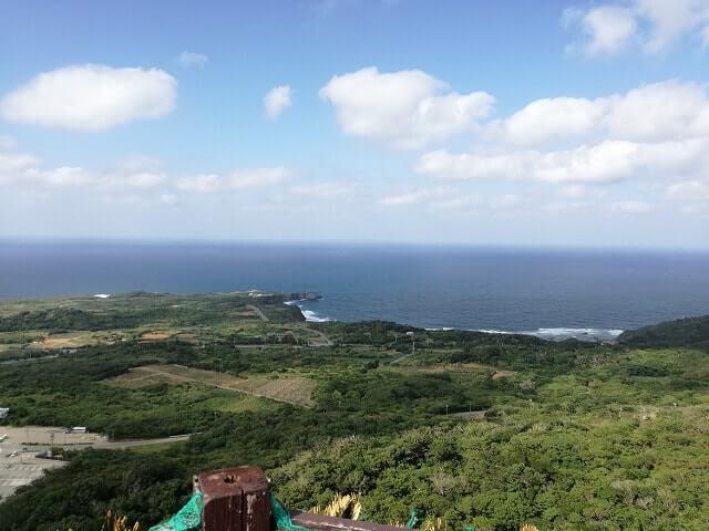 大石林山の美ら海展望ステージから見た風景