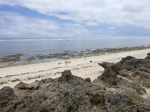 イシキ浜から見る海