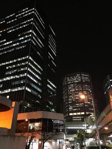 大阪梅田の大阪駅前ビル