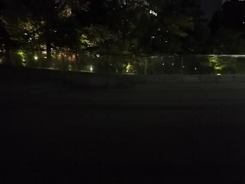 深夜の梅田スカイビル