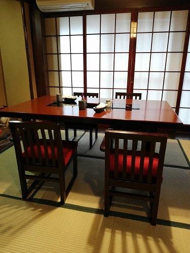 野田岩・麻布飯倉本店の内観(2階和室の個室)